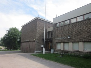 Seurakuntatalolla toimii VPK, Lappeen seurakunta, Lelulainaamo, punttisali ja ryhmäperhepäivähoito