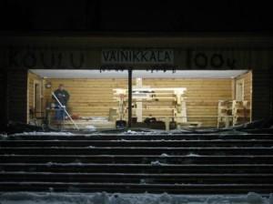 Valot syttyivät näyttämörakennuksen sisällä 19.11.2006