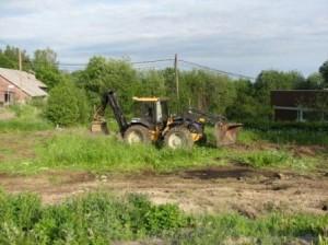 Varsinaiset rakennustyöt aloitettiin kaivuritöillä 8.6.2007
